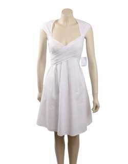 Jessica Simpson Size 8 White Seersucker Pleated Casual Dress