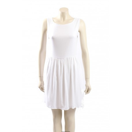 AQUA -Size 10- White Summer Dress with Lace Back